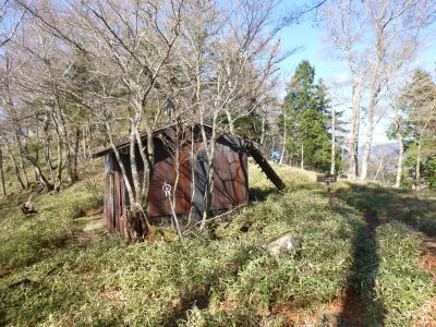一ノ多和の避難小屋